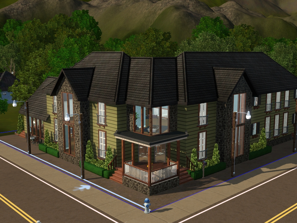 Building Large Family Home On Sims